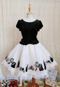 Sweet Velvet Flocking Printed Gauze Skirt Lolita Outfits