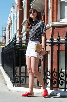 How To Style A Monochrome Summer Look   Fashion Et Moi