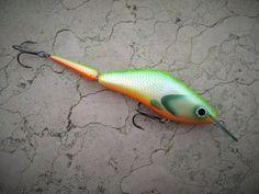 7cm//2.75 inch Jointed Handmade Wooden Fishing Lure orange