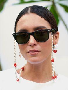 16 Sunglasses Chains Gigi Hadid (And Your Grandma) Would Approve Of Trending Sunglasses, Sunglasses Women, Sunglasses Accessories, Diy Glasses, Eyeglass Holder, Chain, Boho, Gigi Hadid, Happy Heart