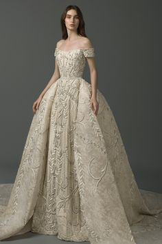 There is an intriguing new trend on the wedding gown scene – Wedding Dress With Detachable Skirt! Removable skirts are the hottest trend. Chiffon Wedding Gowns, Couture Wedding Gowns, Stunning Wedding Dresses, Perfect Wedding Dress, Beautiful Gowns, Bridal Dresses, Dress Wedding, Wedding Dressses, Wedding Jumpsuit