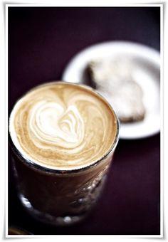 Beautiful Latte in Delicate Glass // via Helt Enkelt