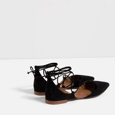 Image 4 of FLAT LACE-UP D' from Zara