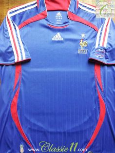 Relive France's 2006/2007 international season with this vintage Adidas home football shirt.