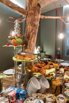 Legend Hotel (Paris, France) by Elegancia Hotels - Buffet petit déjeuner / Breakfast buffet
