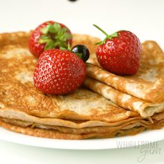 Keto Cream Cheese Pancakes, Keto Pancakes, Waffles, Low Calorie Pancakes, Easy Snacks, Keto Snacks, Low Carb Dinner Recipes, Cooking Recipes, Low Carb Crepe