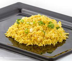 gele rijst met chalottes
