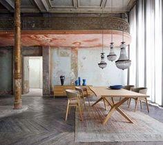Mixe classique et moderne dans la salle à manger