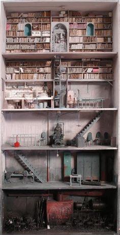 Los diseños oscuros de Marc Giai-Miniet… | 41 Casas de muñecas que te harán desear ser una pequeña muñeca