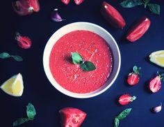 Gaspacho with Strawberry by Salatshop, via Salatshop.ru