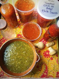 For the Love of Hot Sauce and Salsa! #lapiñaenlacocina #chilehead