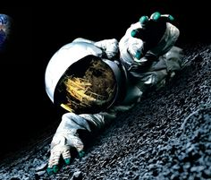 A Men In Space With Carlsberg Beer Brands Wallapaper Download