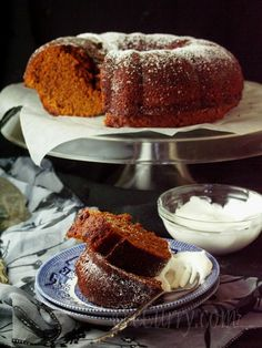 Spiced Ginger Cake - love the medieval / colonial use of black pepper in this sweet cake to add a bit of punch