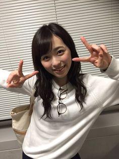 When Haruka Fukuhara announced of her appearance in TV comic show. #girl #japan #model RT @haruka_staff ウレロシリーズ第4弾「ウレロ☆無限大少女」(テレビ東京)に準レギュラーで出演させて頂きます!! 来年1月スタート毎週金曜24:52〜です 実は、昨日が初収録日!朝からかなりの緊張でした…(笑)収録が無事終わって帰り際にホッとの1枚。 pic.twitter.com/fzZaPpDj9B