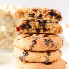 Those coconut flour peanut butter cookies with chocolate chips are easy 5 ingredients coconut flour cookies keto, gluten free, sugar free, g net carbs. Coconut Flour Cookies, Gluten Free Peanut Butter Cookies, Coconut Flour Recipes, Keto Cookies, Cookies Et Biscuits, Almond Flour, Coconut Flour Biscuits, Almond Pastry, Coconut Peanut Butter