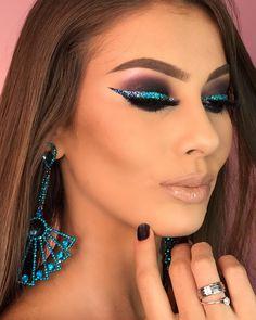 Glam Makeup Look, Makeup Eye Looks, Glamorous Makeup, Gold Makeup, Cute Makeup, Skin Makeup, Eyeshadow Makeup, Flawless Makeup, Make Up Looks