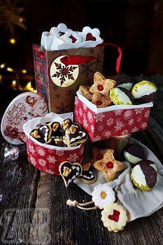 Einige der besten Plätzchen, zumindest für mich! Mit Marzipan, Nougat, Schoko, Marmelade und mehr! Weihnachten mit Lieblingsplätzchen!