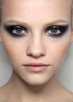 Cool eye makeup at Jason Wu