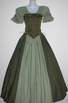 Irish Lady Ensemble - medieval renaissance wench clothing