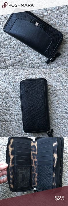 Black zip up wallet ❌No trades  - ❌ ALL sales are final 💗Be courteous no low balls 💌Reasonable offers accepted 📦 Ships out same day or next - depending what time of day you ordered ⬇️Have a question? Leave a comment 😀  Product Info📝 🔗Color: Black (Inside has cheetah print) 🔗Two zippers 🔗 8 inches across 🔗 4 inches high 🔗Multiple pockets 🔗Only damage is displayed in last 2 photos - seems the zipper piece spilt in two on this part in last photo. Can be fixed or glued.  🔗Price is…
