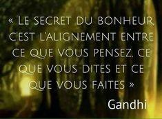 Le secret d bonheur... Gandhi, Wisdom Quotes, Words Quotes, Cute Sentences, Celebration Quotes, Quote Citation, Free Mind, French Quotes, Interesting Quotes