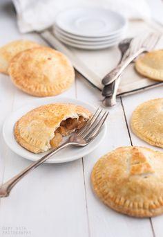 Mini Apple Pies - Minimally Invasive