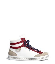 Discover the latest collection of CHANEL Shoes. Explore the full range of Fashion Shoes and find your favorite pieces on the CHANEL website. Chanel Sneakers, White Sneakers, Shoes Sneakers, Chanel Store, Hype Shoes, Fashion Heels, Dream Shoes, Chuck Taylor Sneakers, Designer Shoes