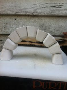 homebirthmum: Make a Roman Arch that works! No glue! This is so simple and cool!