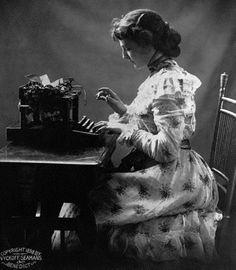 z- Seamans Wyckoff & Benedict Typewriters- ad, c 1898