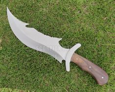 Damascus Knife, Damascus Steel, Damascus Blade, Camping Survival, Outdoor Survival, Knife Aesthetic, Engraved Knife, Hand Forged Knife, D2 Steel