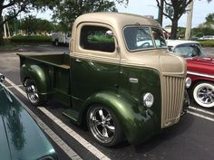 Old Pickup Trucks, Old Ford Trucks, Hot Rod Trucks, Cool Trucks, Big Trucks, Antique Trucks, Vintage Trucks, Classic Trucks, Classic Cars
