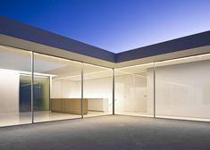 thisnewurbanity:    Casa del Atrio  Fran Silvestre Arquitectos