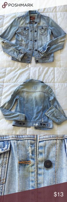 Hollister Light Denim Jean Jacket Soft light colored Denim Jean jacket with button front closure and distress details. Slight discoloration (see close up photo for detail) at placket. Hollister Jackets & Coats Jean Jackets