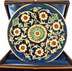 Iznik tiles, wall plates Pottery Plates, Ceramic Pottery, Pottery Art, Turkish Tiles, Turkish Art, Glass Ceramic, Ceramic Plates, Ottoman, China Painting