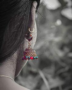 Engagement Ring Photography, Wedding Couple Poses Photography, Indian Photography, Portrait Photography Poses, Diwali Photography, Cute Girl Poses, Cute Girl Pic, Girl Photo Poses, Girl Pictures