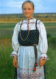 Коми-пермяк: Народный костюм коми-пермяков!  folk KOMI lives on north european part to Russia . number 293000 people. Outwardly Komi similar much as russian