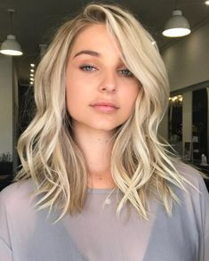 Pinterest: DEBORAHPRAHA ♥️ medium length blonde hair with curls