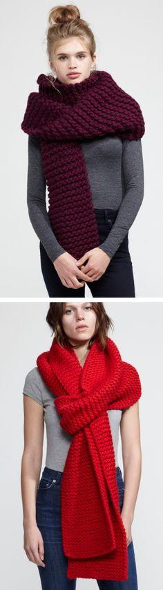 Volumineuse écharpe XXXXL tricotée au point mousse et aux aiguilles 15mm (19 US) avec 1000 gr de fil