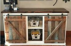 Console Stand Made From Pallets - Pallet Art, Pallet Projects, Diy Projects, Liquor Cabinet, Console, Storage, Pallets, Furniture, Craft Ideas