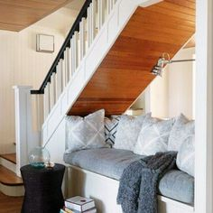 : maison de campagne centenaire I could do this under my stairs in my basement.Think I willI could do this under my stairs in my basement. Under Stairs Nook, Open Stairs, Attic Stairs, Under Staircase Ideas, Open Basement Stairs, Basement Ceilings, Basement Apartment, Apartment Ideas, Stair Decor