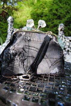 farkkulaukku lempifarkuista cute bag made of recycled jeans