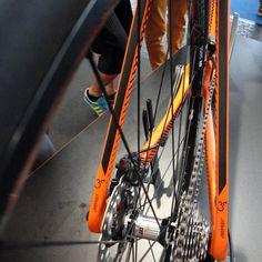 Ktm canic cxc carbon disc brake cyclocross bike rear looped thru axle