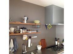 『イエナカ手帖』に投稿されたmamiさんの記事 - キッチンスペース『タイトル:家事がスイスイはかどる、巧みな配置のキッチンスペース』です。家の中(イエナカ)の知識や工夫を共有して、イエナカの暮らしをもっと楽しもう!