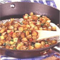 Lean and Cheesy Brunch Potatoes -- Shake on the taste of butter with Molly McButter, only 5 calories per serving - mollymcbutter.com #potatoes #brunch #recipe