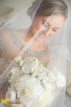 Beautiful bridal prep photos