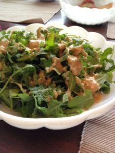 Easy vegan oil free dressing/dipping/sauce made from vinegar, miso, tahini, garlic, black sugar(optional). naturally vegan recipe ビーガン ヴィーガン レシピ