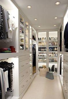 #closet #life #light #windows #lightfloors freshair #thetidycorner