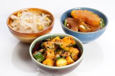 3 Easy Banchan (Korean Side Dishes) @ Herbivoricious... I love Korean food.