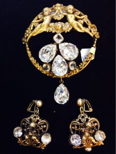 #Fashionista #Alert for #Vintage #JOSEFF #Pin & #Earrings @jeweldivanyc @nyshowplace http://evpo.st/1msl0Nq