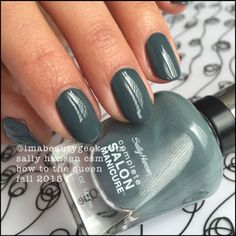 Sally Hansen Bow to the Queen Complete Salon Manicure swatches at imabeautygeek.com